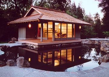 Poolhouse exterior